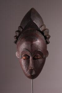 6304-Very-fine-Baule-mask-display-included