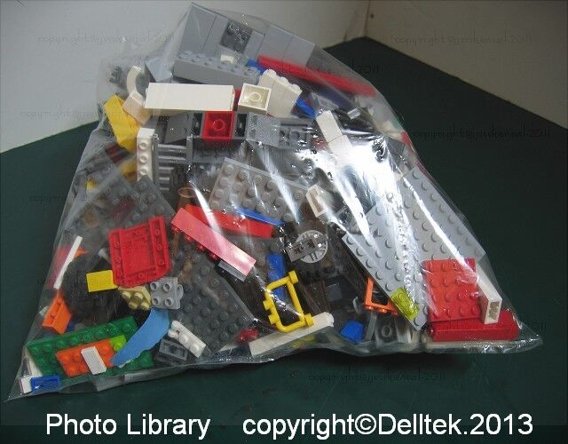 About 1KG of Various Mixed Lego in Bulk