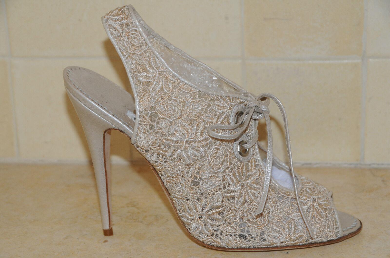 New MANOLO BLAHNIK Pearl Ivory Lace SANDALS StiefelIES schuhe 39.5 Wedding