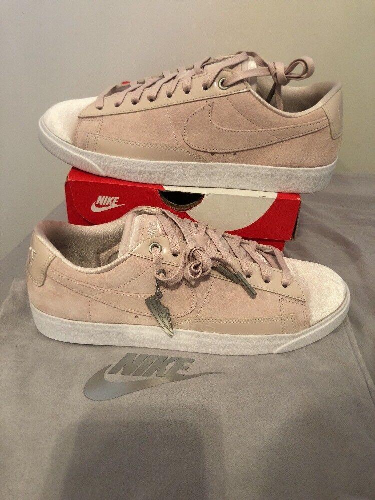 NEW Nike Blazer Low Lx Sneaker Velvet Sz. 9.5 - Style  AA2017-605 shoes Suede