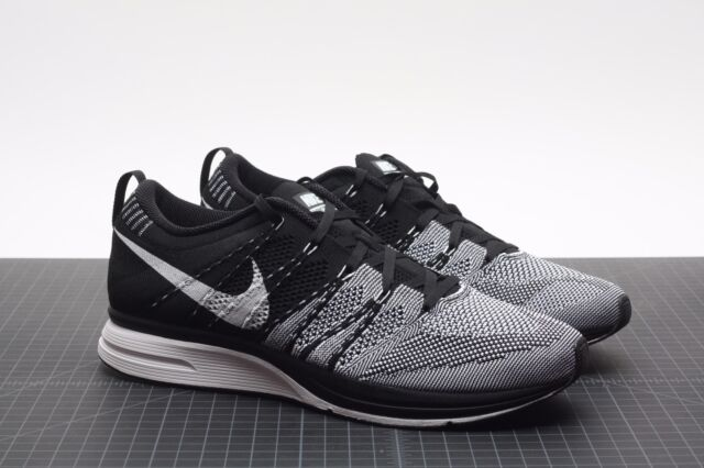 pretty nice 3299b 67b2d ... usa nike flyknit trainer black white 532984 010 padded size 10.5 ds  kanye yeezy htm fa504