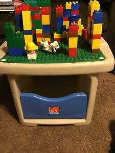 Details About Step 2 Duplo Lego Table With Storage In Bottom Blocks Lego Motorcycle