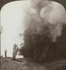 G.mondiale 1 Stereoview. Massive Blast As One De Nos Mines Is Fired à St.