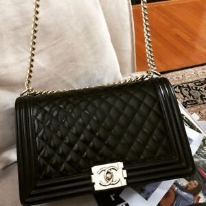7234e9f0d70a Image is loading Chanel-Boy-Bag-New-Medium-Quilted-Black