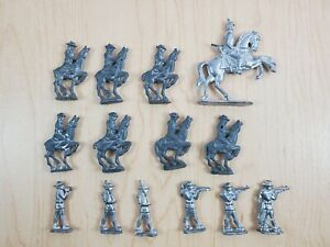 Lot-of-Unpainted-Vintage-Home-made-Lead-Soldiers-Cavalry-Foot-Soldiers