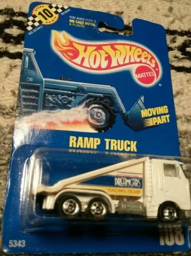 1990 ! #108 BLUE CARD WHITE HOT WHEELS RAMP TRUCK