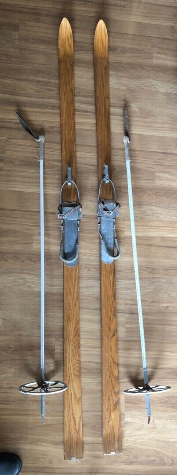 Old Alpine Oak Skis from 1940s