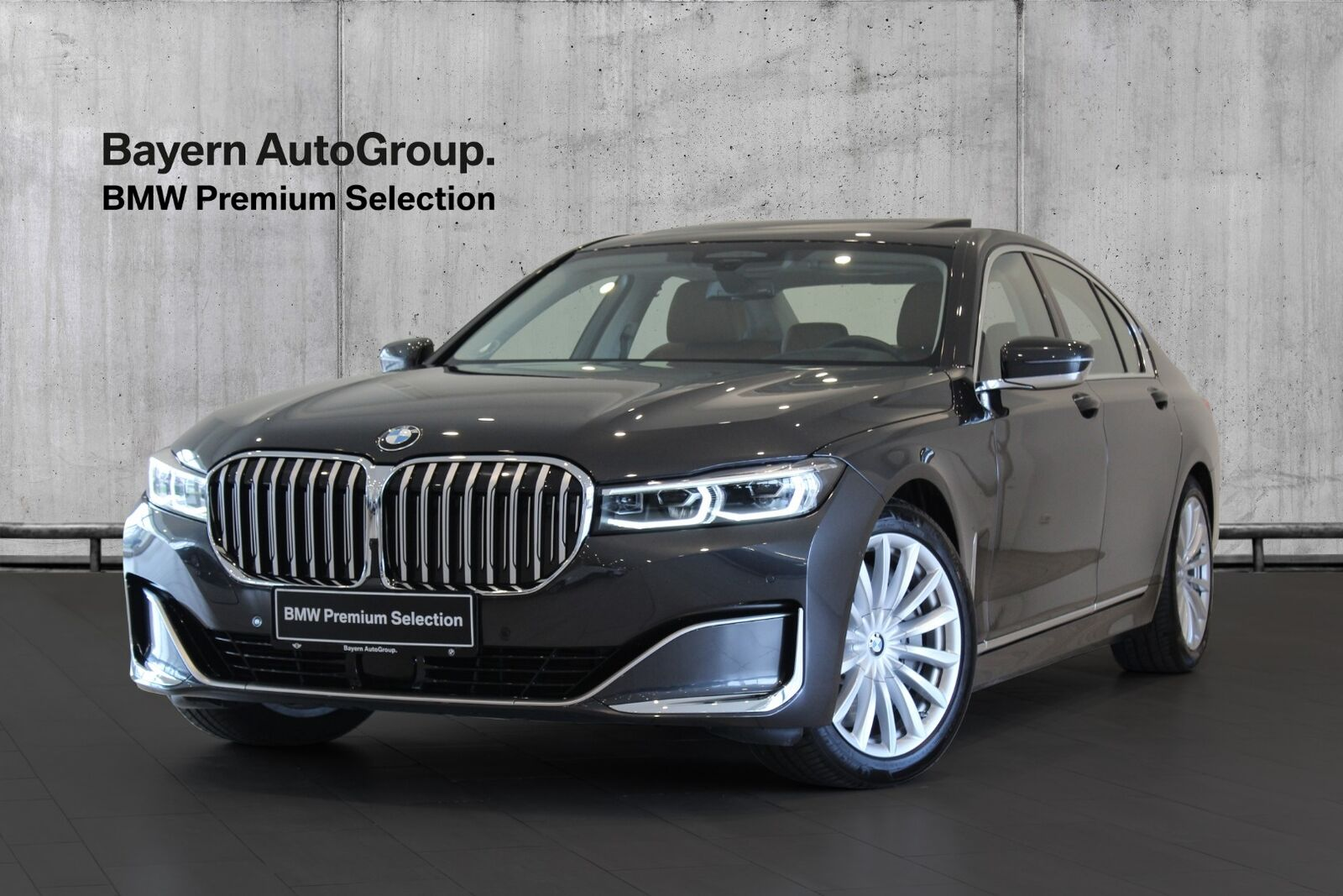 BMW 750i 4,4 Connected xDrive aut. 4d