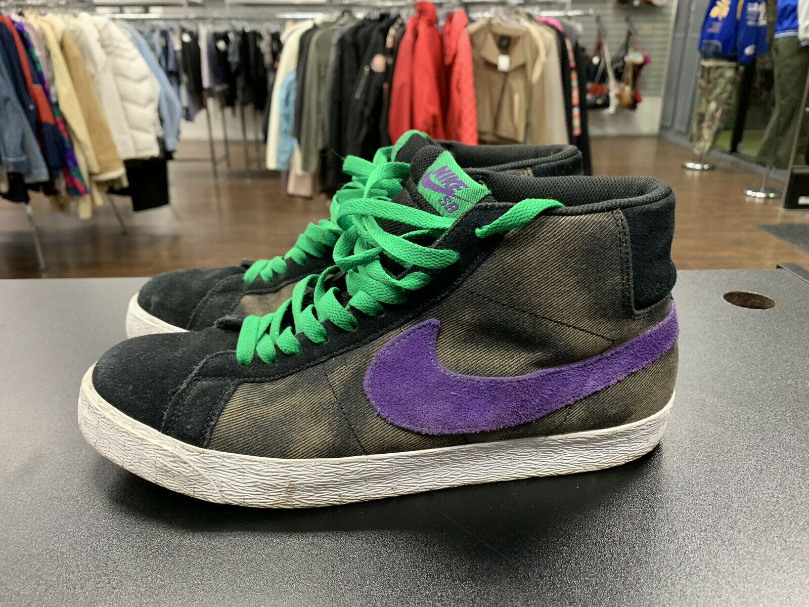 Nike SB Blazer High High High Creature Black Varsity Purple Volt Size 12 310801 005 4be20f