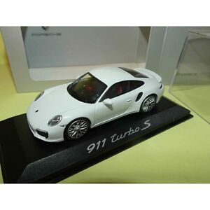 PORSCHE-911-991-TURBO-S-Blanc-MINICHAMPS-1-43