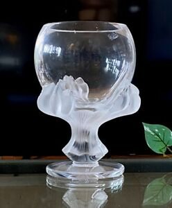 Lalique-French-Crystal-Bagheera-Lion-039-s-Paw-Vase-Mint-Condition-Signed-Authentic