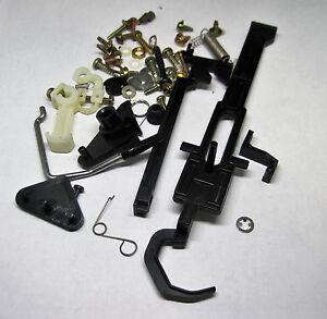 AKAI-AP-B110-turntable-Screws-arms-springs