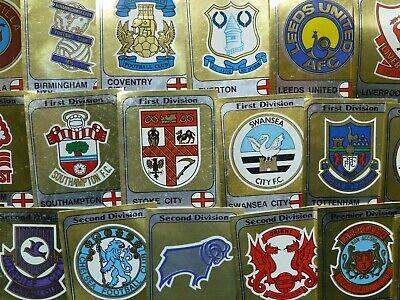 Panini Fútbol 82 equipo insignias