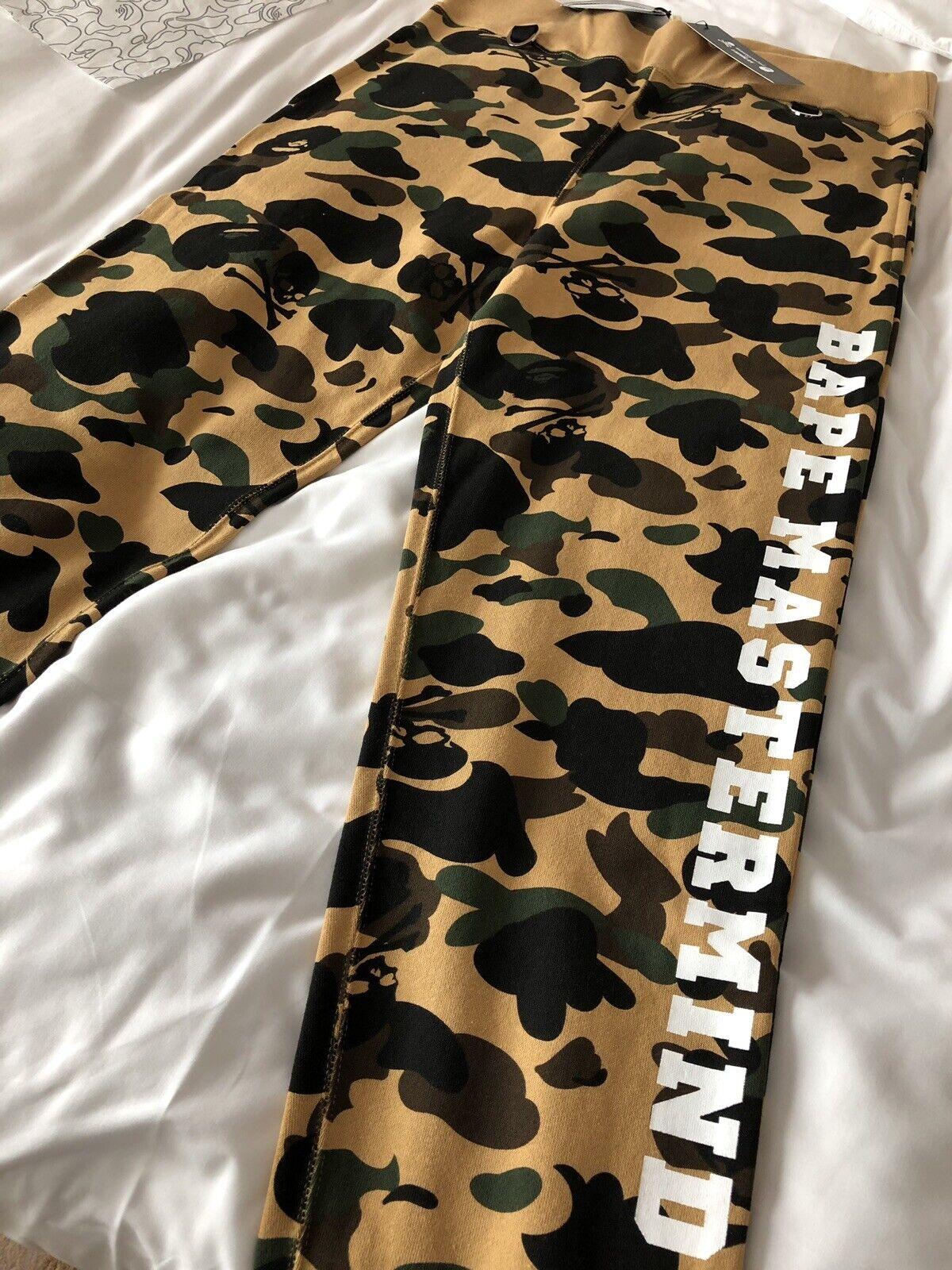 66fe5d71 March 2019 HK EXCLUSIVE mastermind vs A BATHING APE Bape Camo Pants Size XL