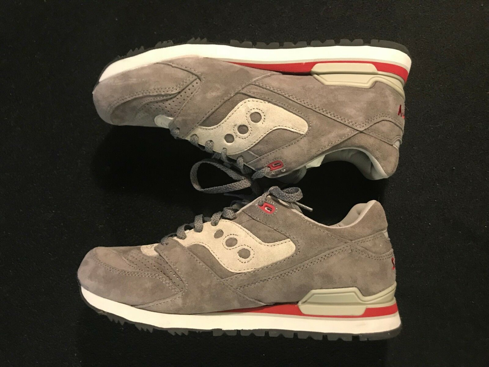4ab0921954b9b ... Running shoes  UK. Australia. Europe. Reebok Lifter PR shoes - Men s  Weightlifting shoes SKU CN4513 Training SIZE 9.5. Saucony Courageous Size  11 Grey ...