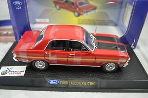 1-24-Ford-Falcon-XW-GTHO-in-Candy-Apple-Red-Ozlegends-Diecast-model
