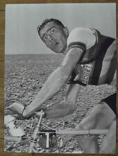 Photo LOuison Bobet,Tour de France,MArseille Avignon,1955,  25 x 35 cm