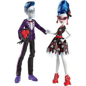 monster high love s not dead doll set ghoulia yelps and sloman slo