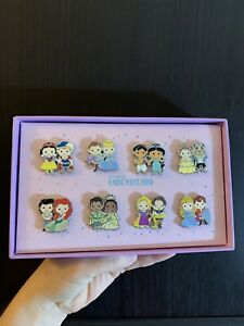 CUTIE-PRINCESS-COUPLES-8-PIN-BOX-SET-Fantasyland-Disneyland-LE-750