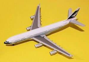 JC-Wings-1-400-Cathay-Pacific-A340-200-50th-Anniversary-Titles-VR-HMU