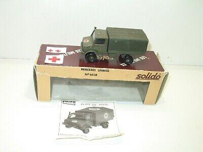 1 X Camion mercedes UNIMOG baché kaki militaire allemand SOLIDO