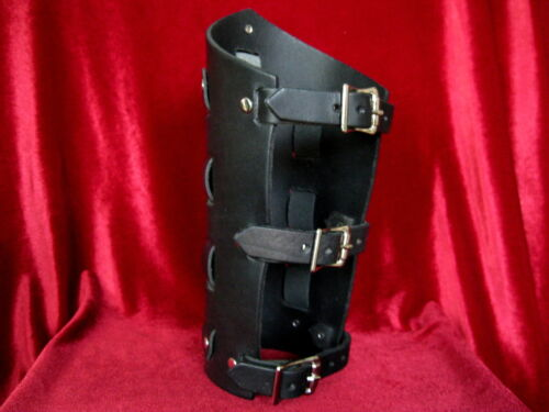 """Large Leather Gauntlet With Woven Straps and 4 Rings  Sz 8-10/""""/"""""""