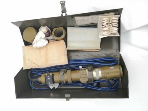 FULLY WORKING PPChR SOVIET CHEMICAL DETECTION KIT WITH REAGENTS CHEMICAL TEST