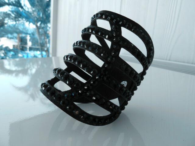 2x Womens leather Biker/Skull/Gothic BLACK  bracelet/wristband. Defective.
