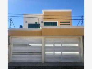 Casa en Venta en Ex Hacienda Barbabosa
