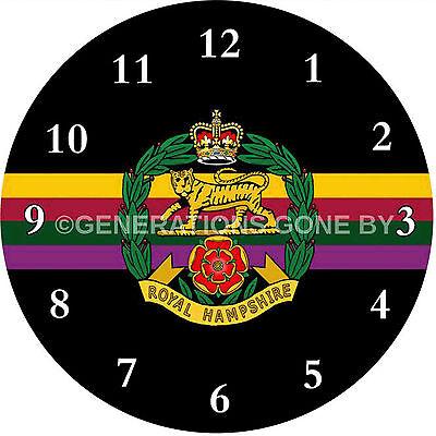 Abile Royal Hampshire Reggimento Vetro Orologio Da Parete-