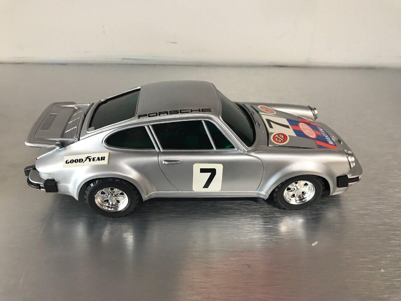 Solid State Racing Car Radio Porsche Porsche Porsche Made In Hong Kong 583c29