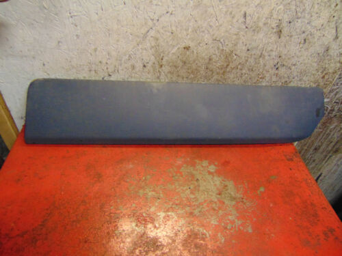 03 04 05 06 07 02 01 volvo v70xc left rear door lower impact trim molding