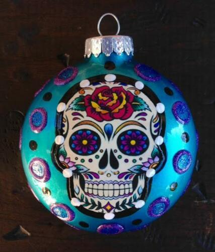 E-BARNES-DAY-OF-THE-DEAD-SUGAR-SKULL-3-034-GLASS-ORNAMENT-CHRISTMAS