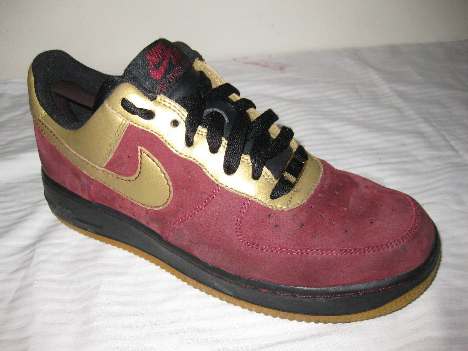 NIKE AIR FORCE XXV Team Red/Metallic Gold Wo's Comfortable Casual wild