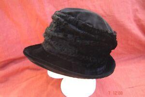 Damenhut-Samthut-schwarz-Winterqualitaet-Baumwollsamt-mit-weiterem-Rand