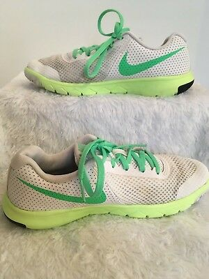 nike flex experience Shoes Size 4.5