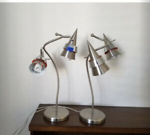 2-Vintage-MCM-Modernist-Atomic-Missle-Form-Double-Cone-Shape-Shades-Table-Lamps