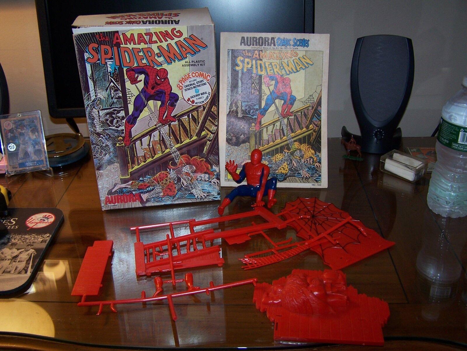 Aurora, 1974, el hombre araña mágico Ob hizo ocho páginas de la cubierta de araña de historietas.