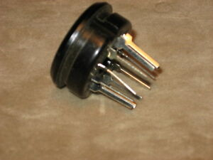 11-Pin-Amphenol-Socket-PC-Mount-NOS