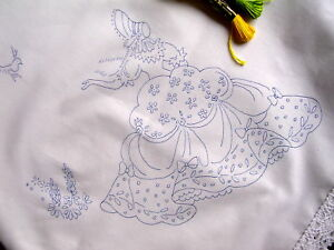 Tablecloth-to-embroider-Crinoline-Lady-lace-edge-Cotton-print-embroidery-CSOOO4