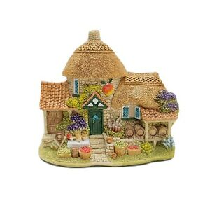 lilliput-lane-Little-Scrumpy-L2395-Boxed-With-Deeds