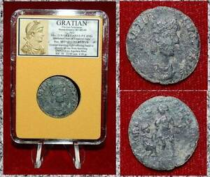 Ancient-Roman-Empire-Coin-Of-Gratian-Emperor-Offering-Hand-To-Female-On-Rise