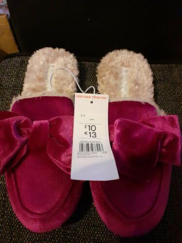 Women`s//Ladies Pink Slippers UK Size 3-4 BNWT