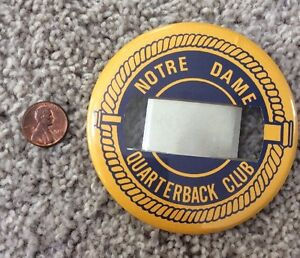 UNIVERSITY-OF-NOTRE-DAME-FOOTBALL-QUARTERBACK-CLUB-BUTTON-WITH-CLAMP