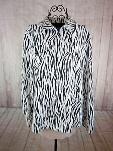 Alfred-Dunner-Womens-Animal-Print-Long-Sleeve-Black-and-White-Zip-Up-Jacket-16