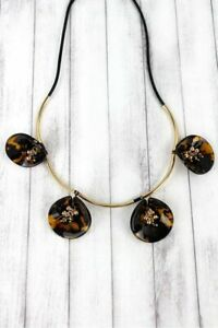 Tortoise-shell-and-beaded-gold-tone-petal-necklace