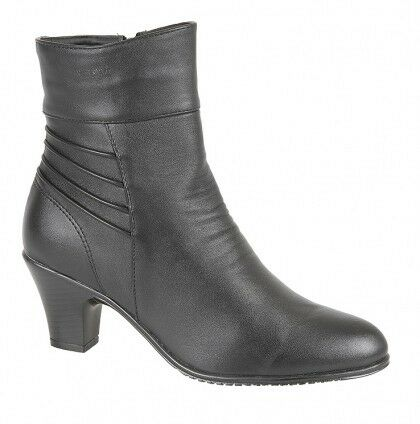 Joan Black Faux Leather Wrinkled Fashion Heeled Western Style Ankle Boots
