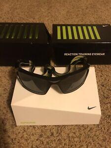 Aislar Discriminar vulgar  Nike Sparq Vapor Strobe Reaction Training Goggles Glasses Eyewear.   eBay
