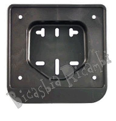 3380 - PORTATARGA IN PLASTICA VESPA 50 SPECIAL R L N PK S XL V N FL FL2 HP