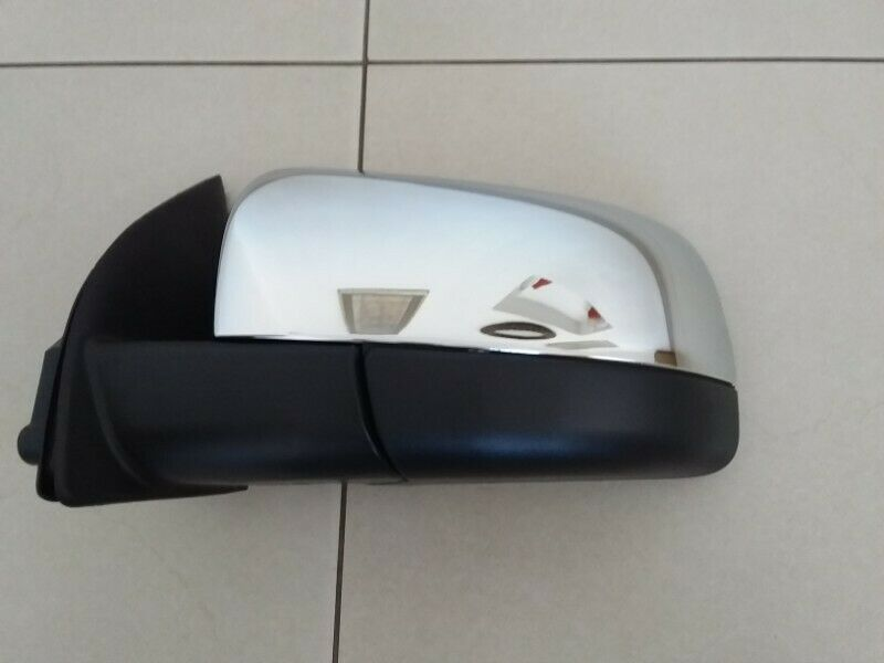 FORD RANGER T6 2012/15 BRAND NEW CHROME DOOR MIRROR FOR SALE FOR SALE PRICE:R1250